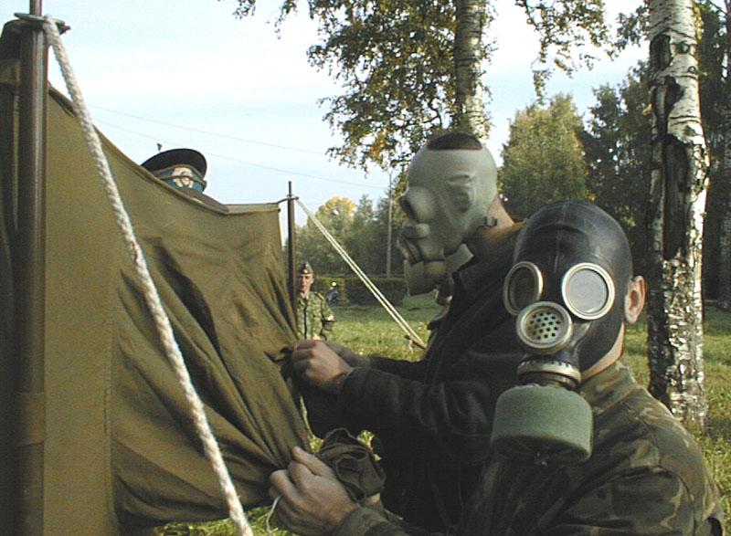 Одновременно агрессор устроил конфликт еще с одним парнем в казарме.